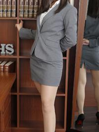 亜紀 秘書
