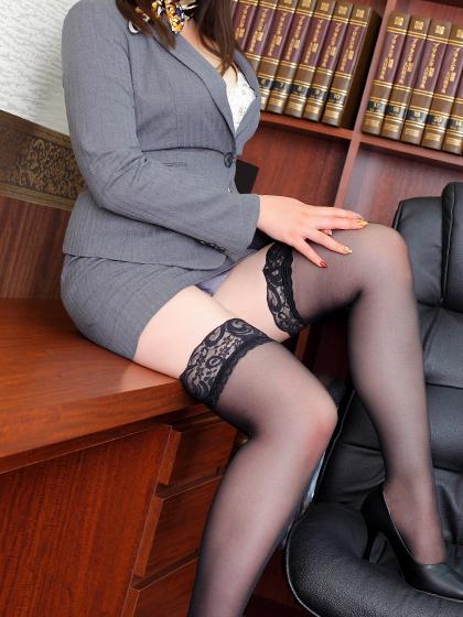 あみな 秘書