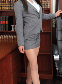 エレナ 秘書