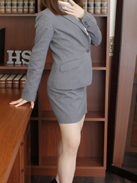 エリカ 秘書