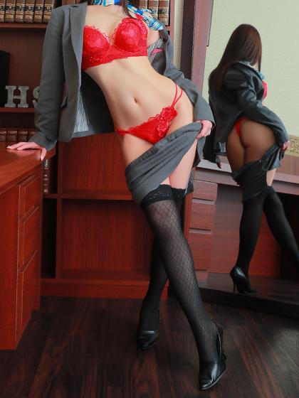 絵莉菜 秘書