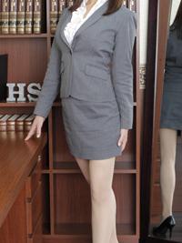 ひな 秘書