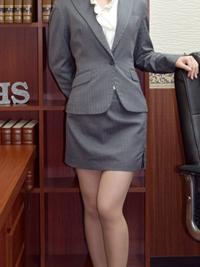 いづみ 秘書
