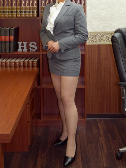 伊織 秘書