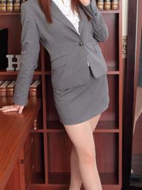 じゅり 秘書