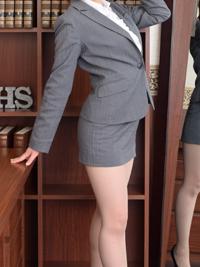 かな 秘書