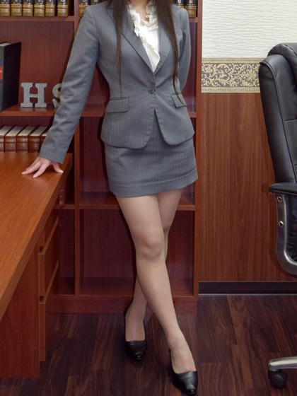 琴里 秘書