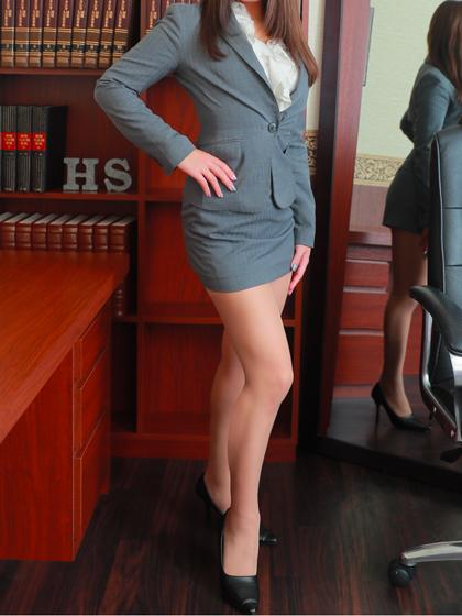 クレア 秘書