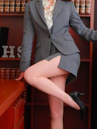 麻里 秘書