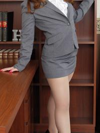 麻莉花 秘書