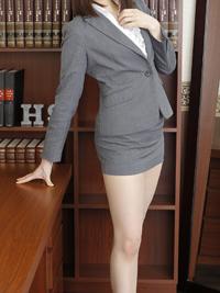みあ 秘書
