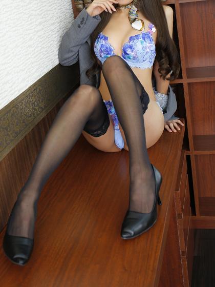 なみえ 秘書