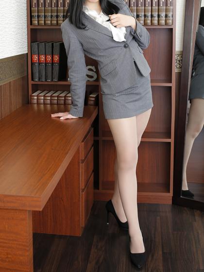 りこ 秘書
