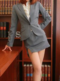 りく 秘書