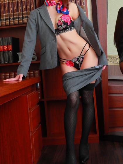梨里香 秘書