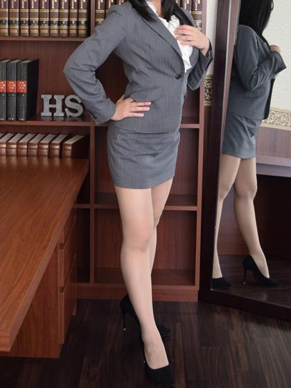サラ 秘書