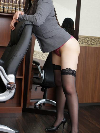 星奈 秘書