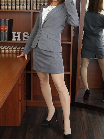 シズク 秘書
