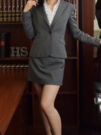 ゆづき 秘書