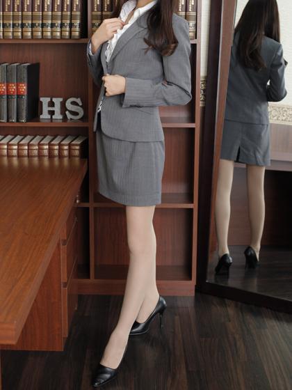 夢叶 秘書