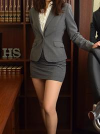 百合 秘書